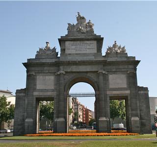 paseo guiado: De Puerta de Toledo a las Vistillas