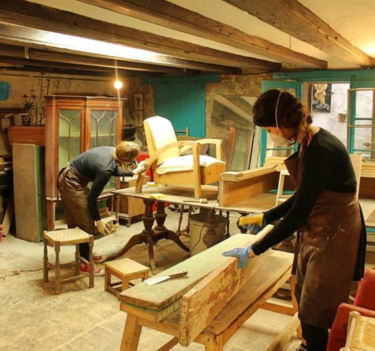 Muebles Viejos Barcelona : Taller arteterapia reinventa tus muebles con creatividad