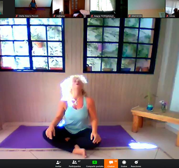 Yoga Dance Chakras 30 Personas aprox