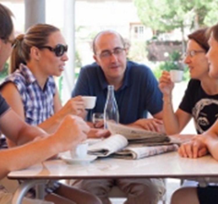 CAFÉ CONVERSACIÓN FRANCÉS-CASTELLANO