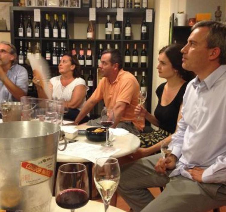Cata de vino y tapas en Sant Gervasi