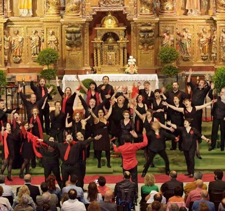 Concierto de música de 2 coros en el centro