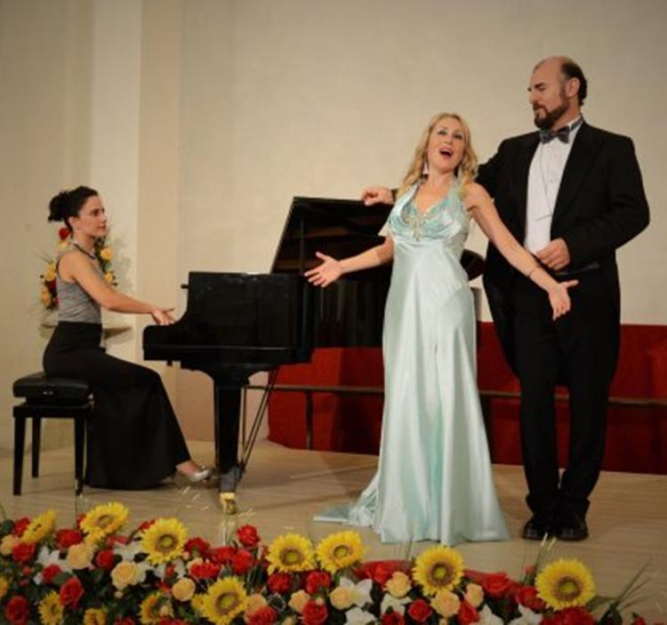 Recital opera de canciones italianas y napolitanas