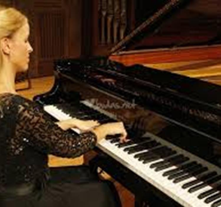Concierto de piano con Chopin, Liszt y Beethoven.