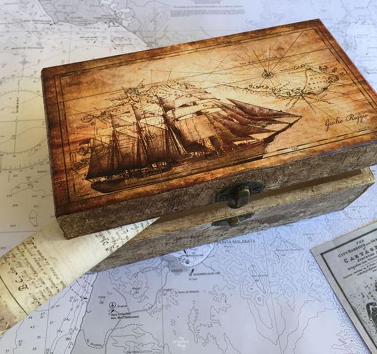 Decoupage sobre madera (con tintes y técnicas)