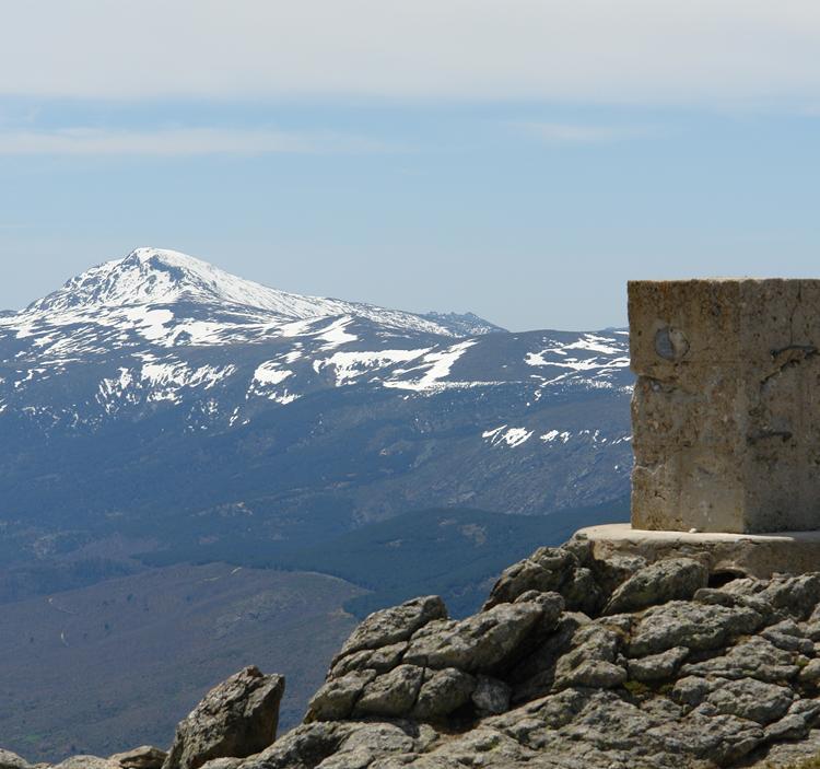 El Pico Nevero desde el Puerto de Navafría