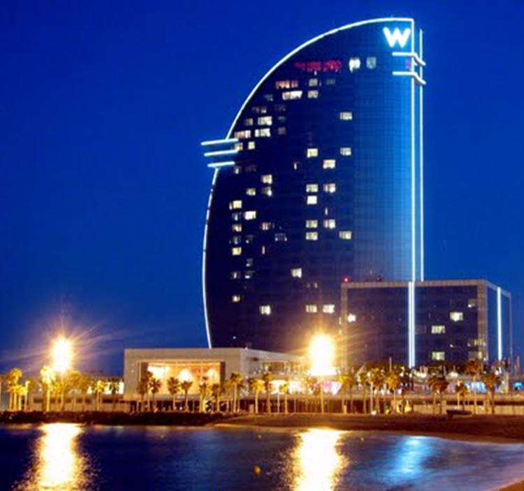 Fiesta de singles en el hotel w barcelona gratis uolala for Noche hotel barcelona