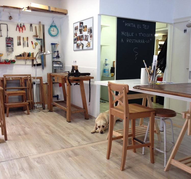 Taller restauraci n expr s uolala - Restauracion de muebles barcelona ...