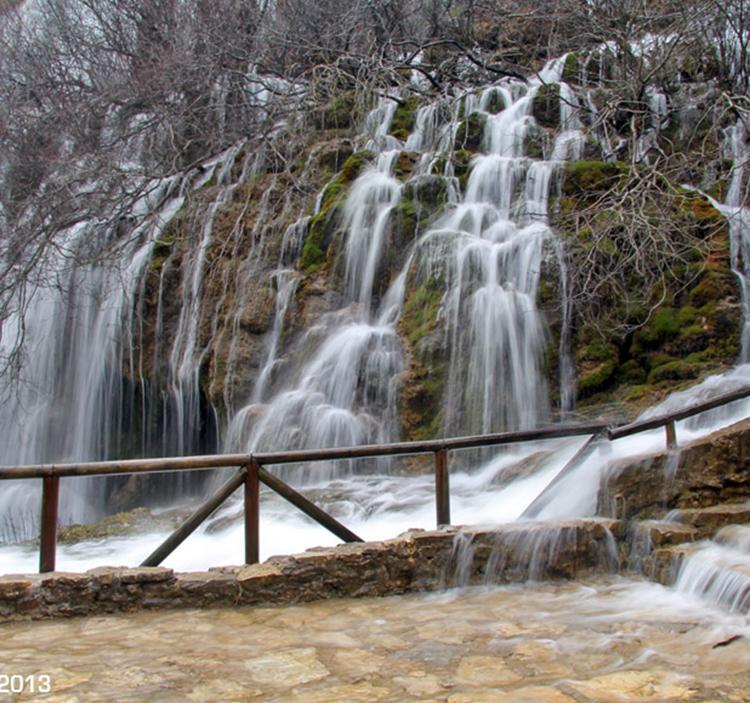 Monumentos naturales Cuenca; río Cuervo y serranía