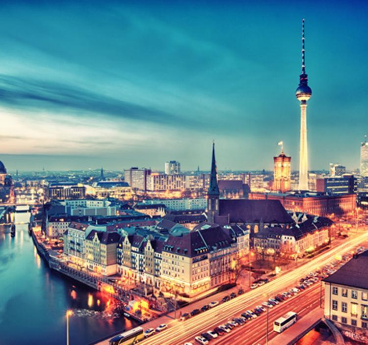 Singles in Berlin: Mit Parship unterwegs in der Spree-Metropole