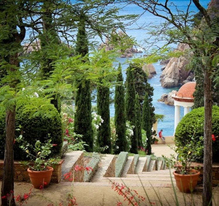 Excursi n visita a blanes y el jardin bot nico marimurtra Jardin botanico horarios y precios